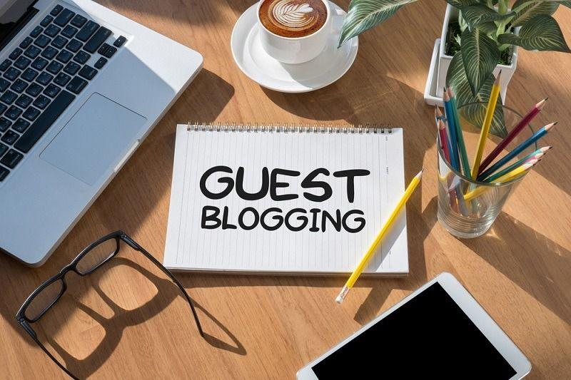 وبلاگ نویسی مهمان یا پست مهمان یا guest blogging - guest posting